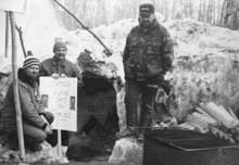 Les membres du SEFPO manifestent pendant l'hiver