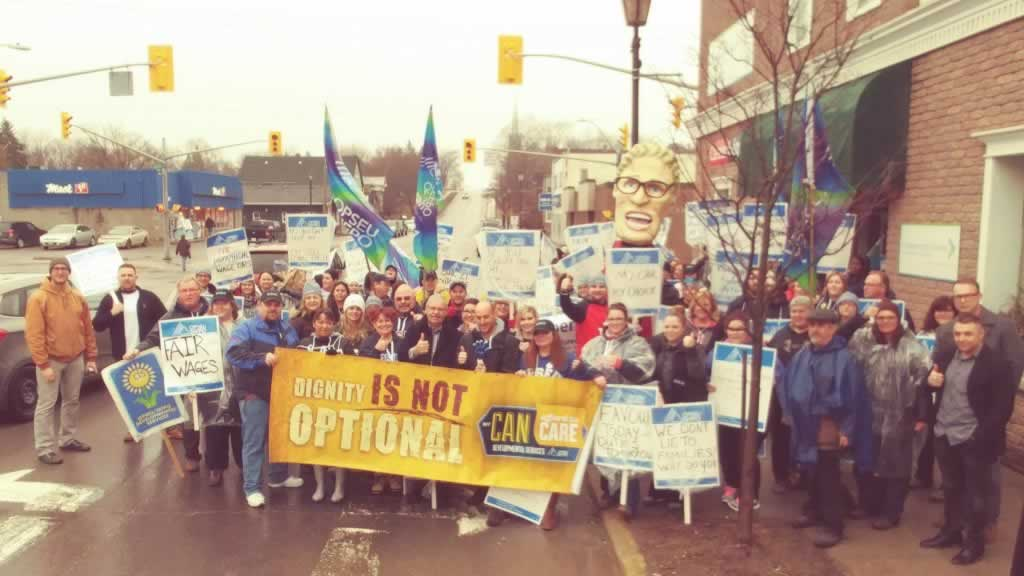 Local 316 members rally