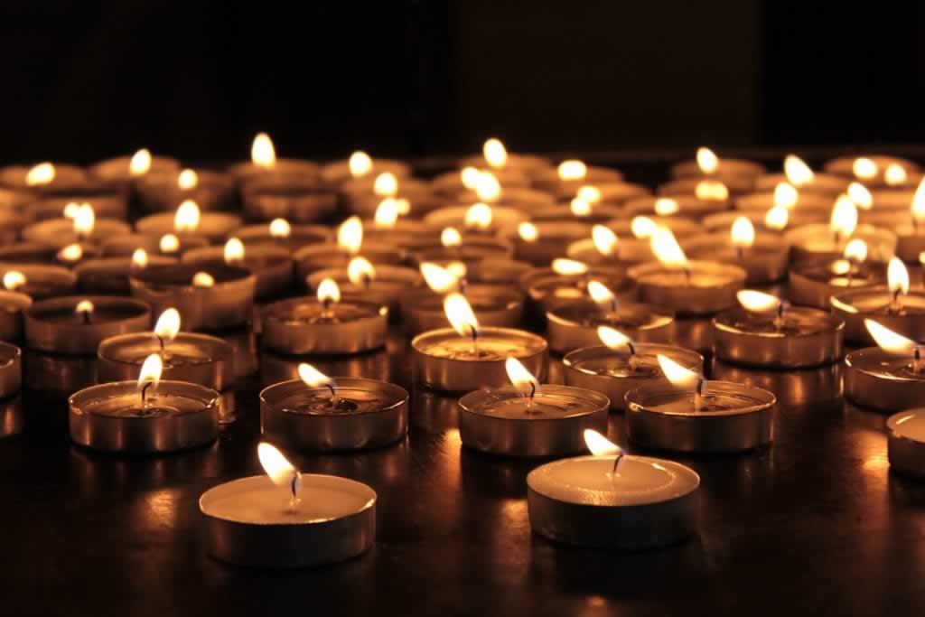 Journée internationale de commémoration en mémoire des victimes de l'Holocauste : nous ne devons jamais oublier, nous ne devons jamais répéter