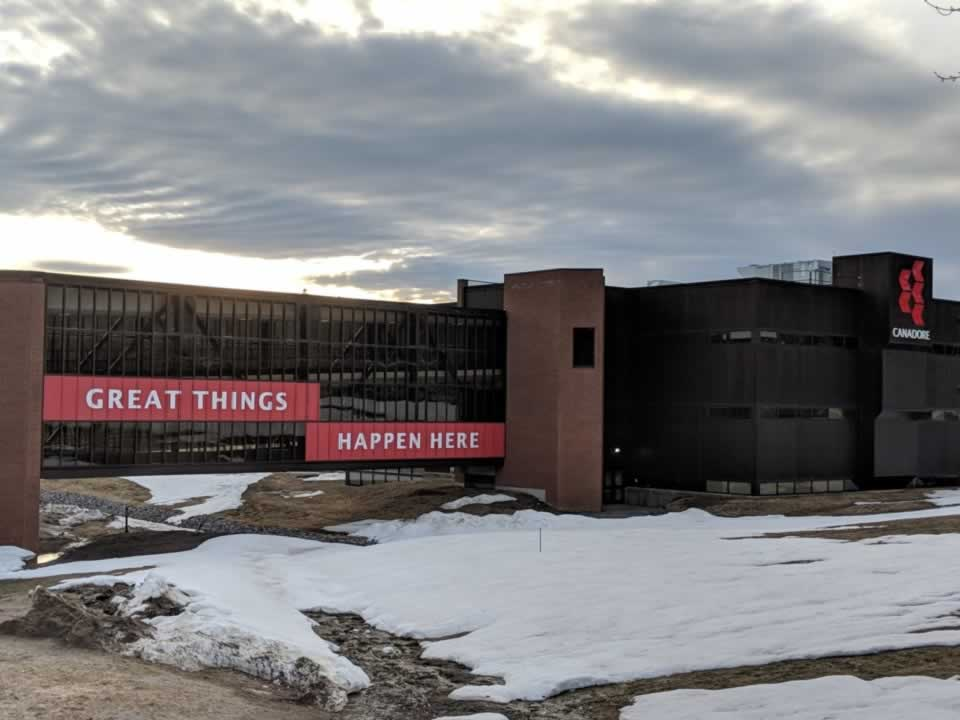 Canadore College: Sign saying Great things happen