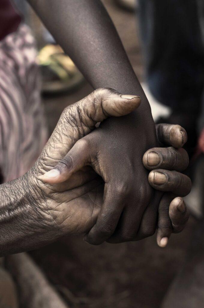 Journée intergénérationnelle Promouvoir le contact entre les adultes plus âgés et les enfants/jeunes